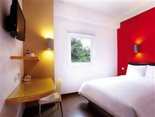 Amaris Hotel Legian by Santika